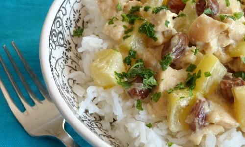 Poulet et courgette au curry vert et lait de coco
